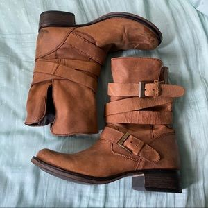Steve Madden tan leather boots size 10